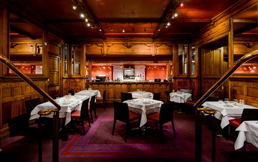 American Bar Restaurant in the London Coliseum (c) Karen Hatch